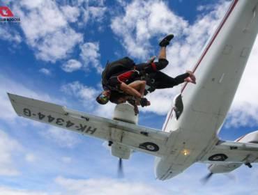 Salto inductivo en Paracaidas